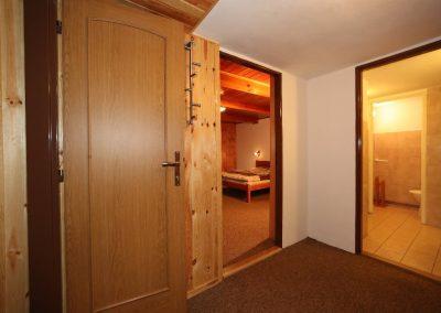 Chodbička pokojů 7 a 8