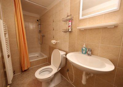 Koupelna k pokojům č.2 a 3